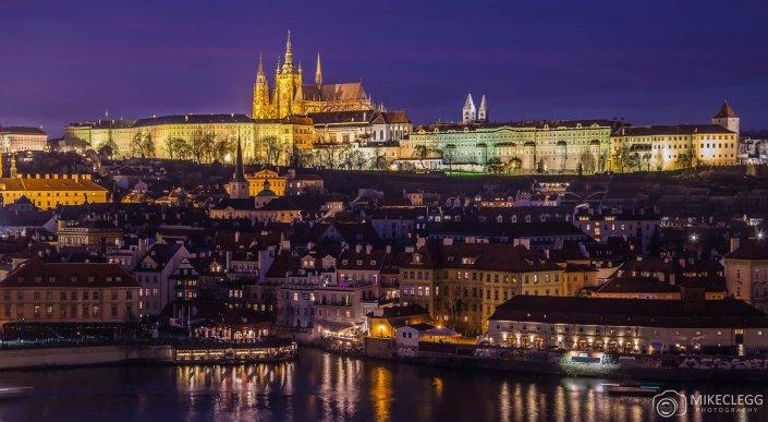 Prague-Skyline-at-night